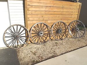 Original Matching Set Of 4 Wooden Horse Drawn Carriage Buggy Wagon Wheels 42