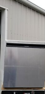 Delfield Model 406 ca Under Counter Refrigerator Excellent Condition