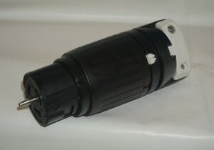 Hubbell Cs8264c Locking Connector 50 Amp 250v 2 Pole And 3 Wire