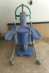 Arjo Sara Encore Plus Standing Aid Lift Needs Battery Charger And Wheels