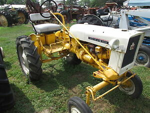 International Harvester Cub 1975 Farm Tractor With Wheel Weights 2046