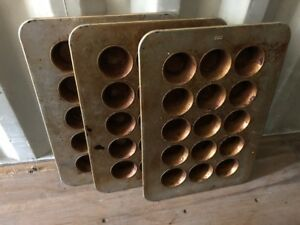 Chicago Metallic 15 slot Muffin Pans Commercial Heavy Duty Bakery Baking Oven