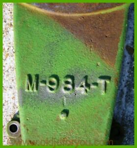 M984t John Deere Mt Fender Bracket Nice Original Part Crack Free Am966t
