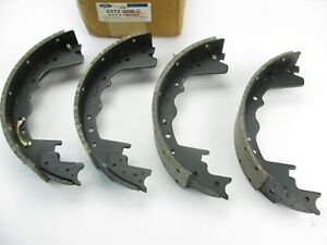 New Genuine Oem Ford E5tz 2200 C Rear Brake Shoes 85 98 E250 E 350 F 250 F 350