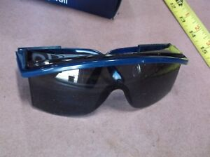 Uvex Astrospec 3000 S S2711 5 S1168 3 Safety Glasses qty 8