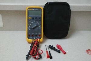 Fluke 88v Automotive Multimeter With Leads