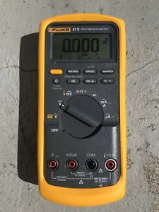 Brand New Fluke 87v True Rms Multimeter With Temperature