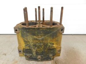John Deere Unstyled G Tractor Cylinder Block F485r 12919