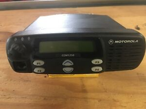 Motorola Cdm1250 Vhf Aam258kd9pw2an Two Way Radio As is