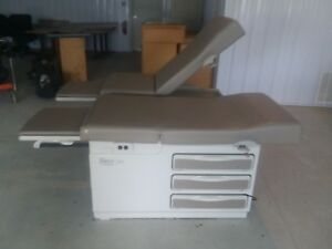 2 Midmark Ritter 204 Manual Exam Table Get Both For 1 Price