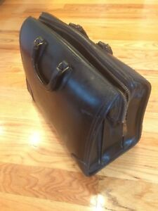 Vtg Doctors Dr Medical Travel Valise Bag Case Black Leather Steam Punk Zipper