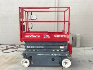 2010 Skyjack Scissor Lift Sjiii 3219 Low Hours