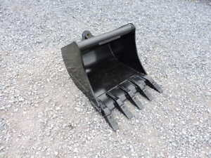 New Attachments Plus 24 Excavator Tooth Bucket Tag Cp Wain Roy Mini Excavator