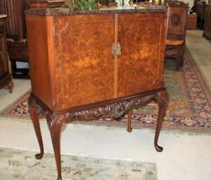 English Antique Burled Walnut Queen Anne Wine Bar Liquor Cabinet With Light
