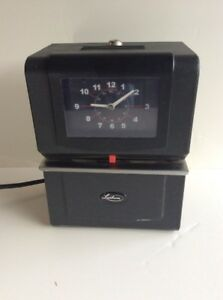 Lathem Heavy duty Automatic Time Recorder Punch Time Clock No Key
