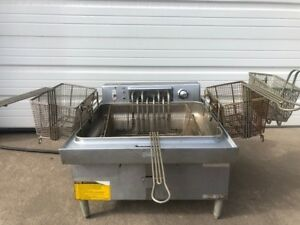 Wells Electric Countertop Deep Fryer