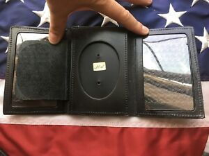 Oversize Tex Shoemaker Black Leather 3 5 Oval Police Shield Badge 2 Id Wallet