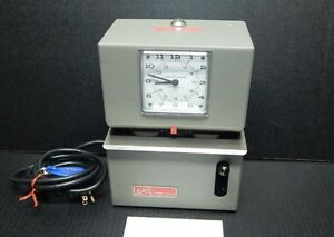 Lathem Manual Punch Time Clock Model 2126 With Key tested Works Great