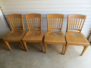 4 Vintage Banker Library Desk Arm Chair Made By Gunlocke Set Of 4