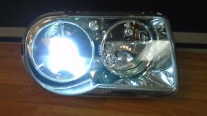 Chrysler 300 300c Rh Passenger Xenon Headlight 06 07 08 09 2006 2007 2008 2009