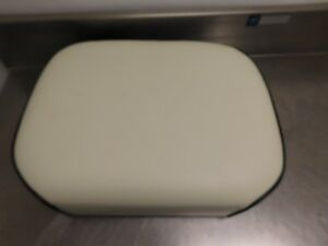 International Harvester 06 25 56 66 68 86 Series Tractor Repro Seat 13001