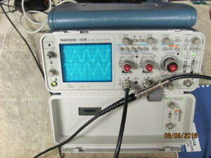 Tektronix 2336 100mhz 2 Channel Oscilloscope Works Great