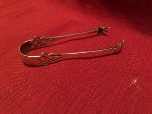 Lunt Pynchon Sterling Silver Sugar Tongs