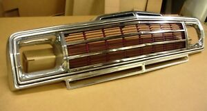 Jeep Wagoneer Fsj 1985 91 Used Complete Grille Good Cond Dn8 May Fit Others