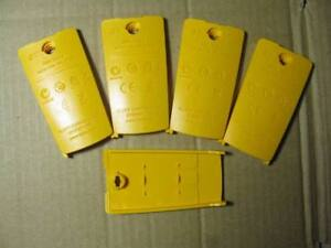 1pcs Fluke 325 324 323 Battery Back Cover Plate t7461 Ys
