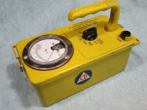 Civil Defense Victoreen 715 Radiological Survey Meter Radiation Geiger Counter