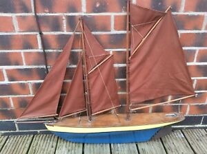 Large Early 20th Century Pond Yacht Model Boat