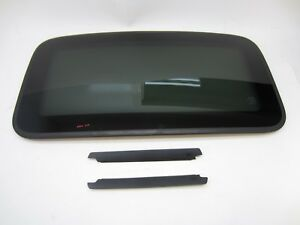 2007 Acura Tsx Sunroof Sun Moon Roof Glass With Screw Trim
