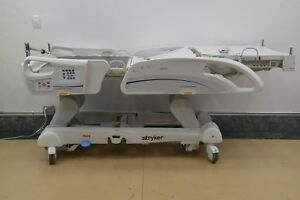 Stryker Intouch Critical Care Bed Ref Fl27 16400