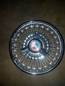 One 63 64 Ford Wire Spoke Spinner Hub Caps 14 Wheel Cover 1963 1964 Hubcap