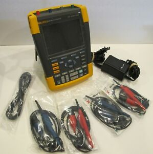 Fluke 190 204 am s Series Ii Scope Meter Oscilloscope Including Case