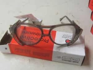 American Optical Safety Glasses 21650 90000 Clear Lens 58mm W side Shields