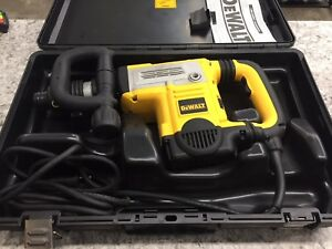 Dewalt D25851k 12 Lb Spline Demolition Hammer