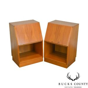 Danish Modern Pair Of Teak Nightstands By Nordisk Andels Eksport