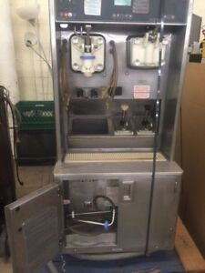 Taylor Ice Cream And Milkshake Machine 8634ht 33 Parts Untested As Is