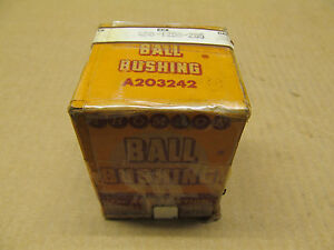 1 Nib Thomson A203242 Closed Round Rail Ball Bushing 1 25 Shaft X 2 Od