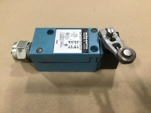 Micro Switch Lsm6d Heavy Duty Limit Switch 600v 10a 11a38