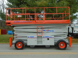 1998 Skylift Sj9250 50 Rough Terrain Scissor Lift