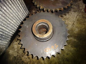 Gehl 5640 Skid Steer Loader One Drive Sprocket Gear Deutz Skidsteer