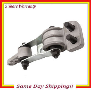 Engine Motor Mount For 7084 Volvo 850 C70 S60 S70 V70 Xc90 Torque Strut Lower