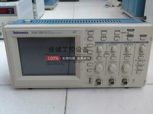 1pc Used Good Tektronix Tds220 100mhz 2 Channel Digital Real Time Oscilloscope