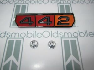 442 Emblem In Stock, Ready To Ship | WV Classic Car Parts