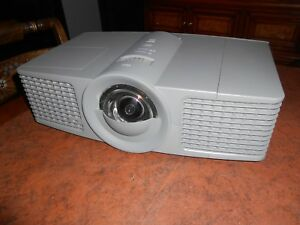 Smart Board Uf65 3 d Dlp Projector 10 Available All Tested