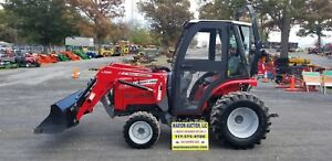 2013 Massey Ferguson 1529 Compact Tractor W cab And Loader Only 57 Hours