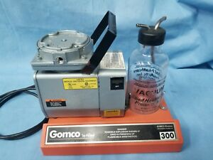 Gomco 300 Aspirator Suction Pump W glass Reservoir Good Working Condition