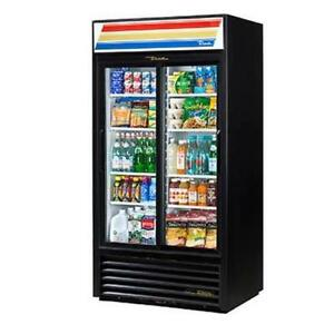 True Gdm 33 hc ld 39 5 Two Section Refrigerated Merchandiser With 8 Shelves